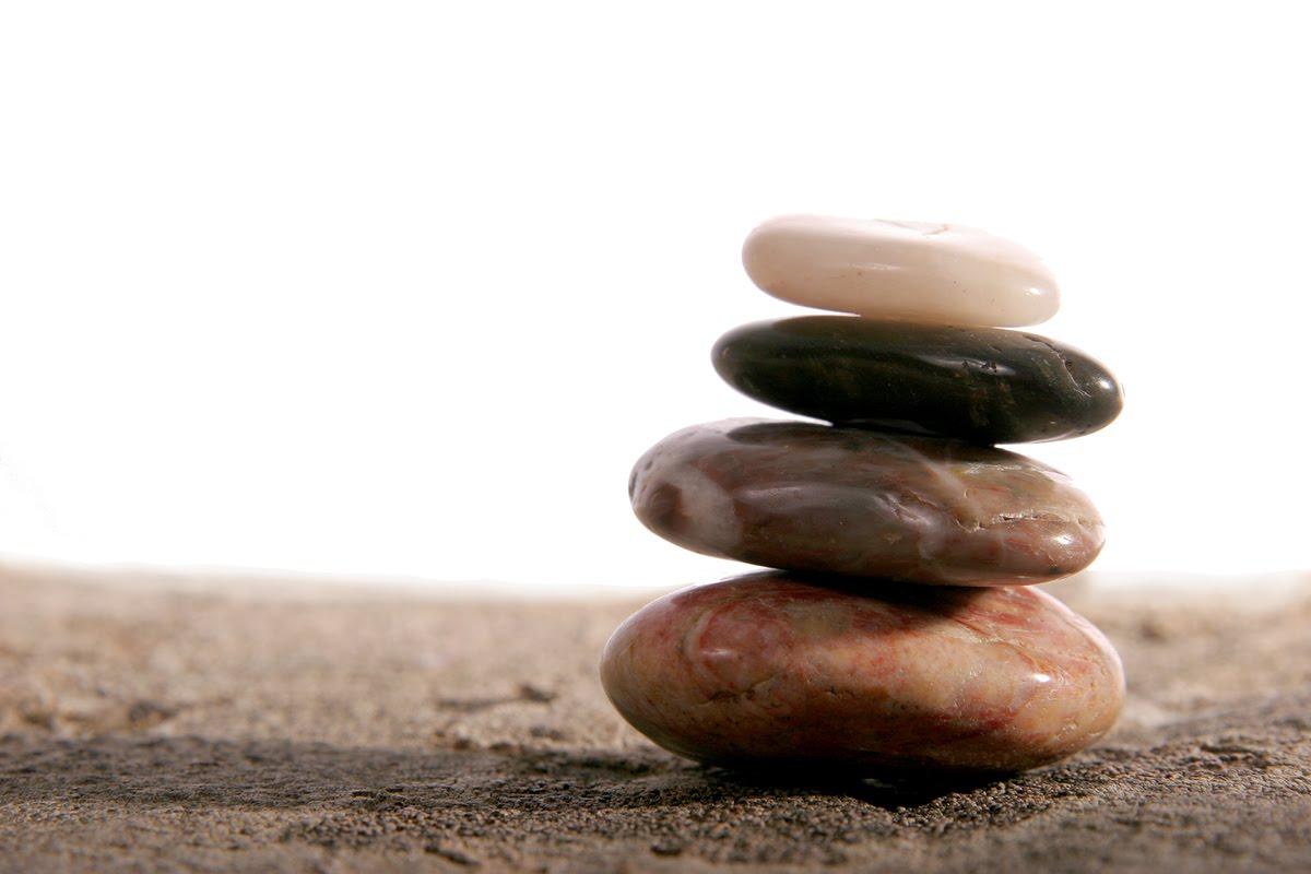 pensamiento zen la vida como cambio el vuelo de la lechuza - Piedras Zen