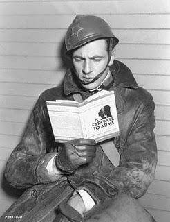 gary-cooper_reading_1932