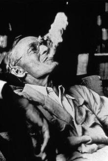 Hesse fumando