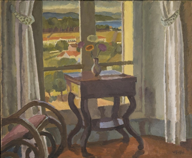 vanessa-bell-interior-with-a-table.jpg
