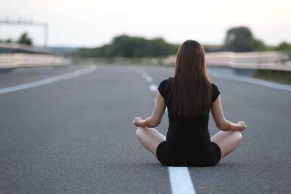 Yoga ciudad.jpg